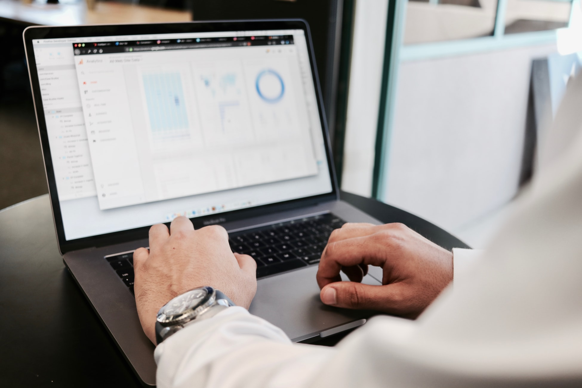 ¿Qué tipo de empresas usan un ERP y por qué migrar a una nueva versión?